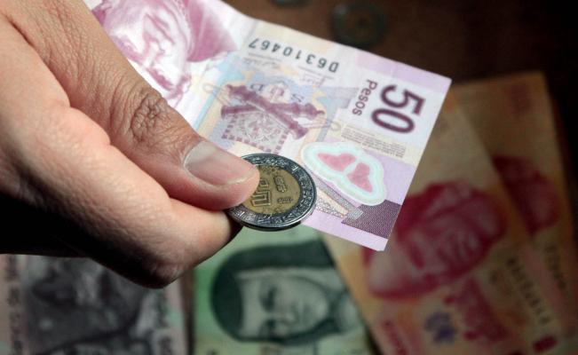Poder adquisitivo del salario mínimo cayó 55%