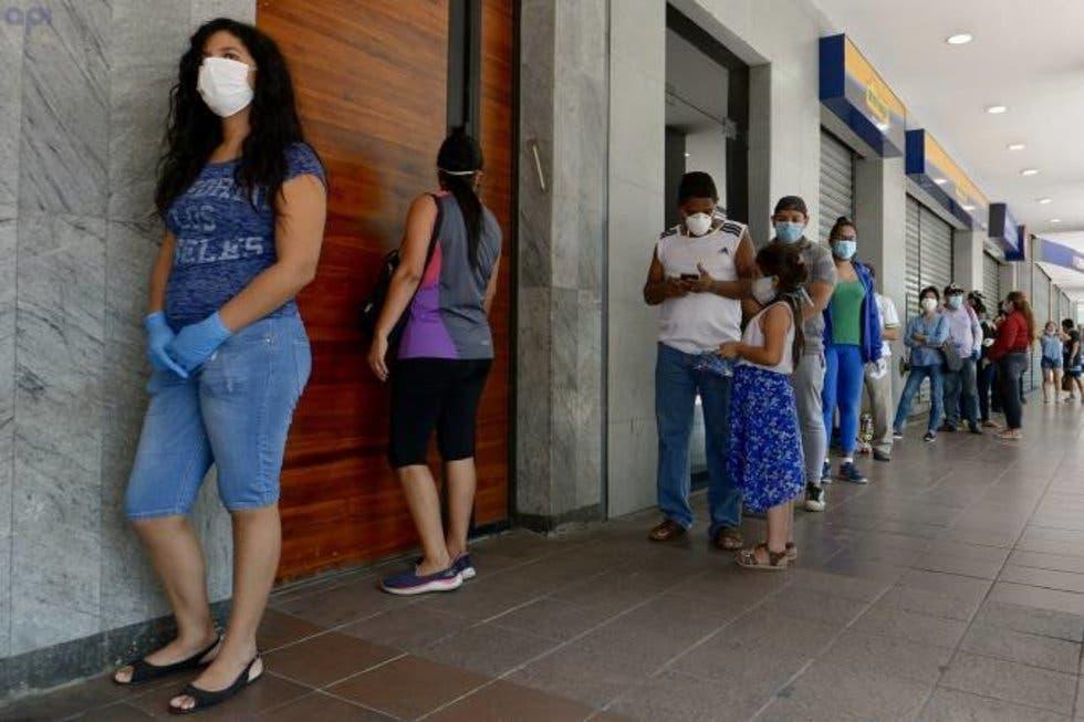 """Presentan nuevo semáforo Covid-19. """"La gente ya no aguanta el confinamiento"""": López-Gatell"""