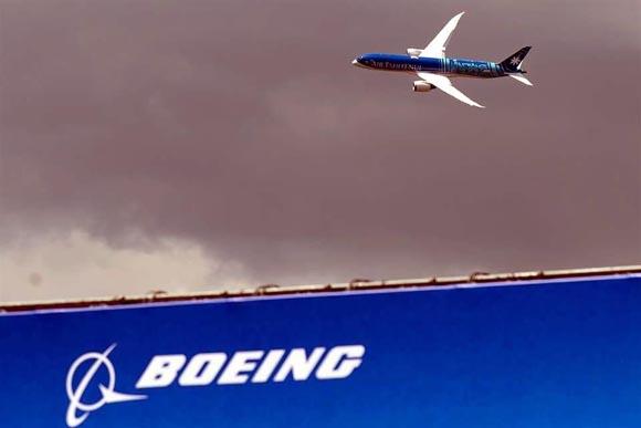 Prevé Boeing recortar otros 7 mil empleos