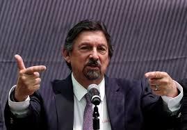 Primera diferencia entre Gómez Urrutia y la titular de la STPS