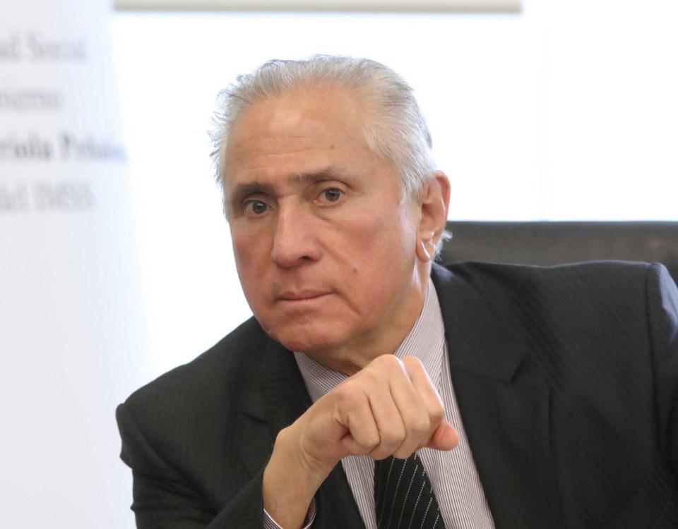 Propone Joel Ayala utilizar parte de la reserva del Issste en mejoras internas