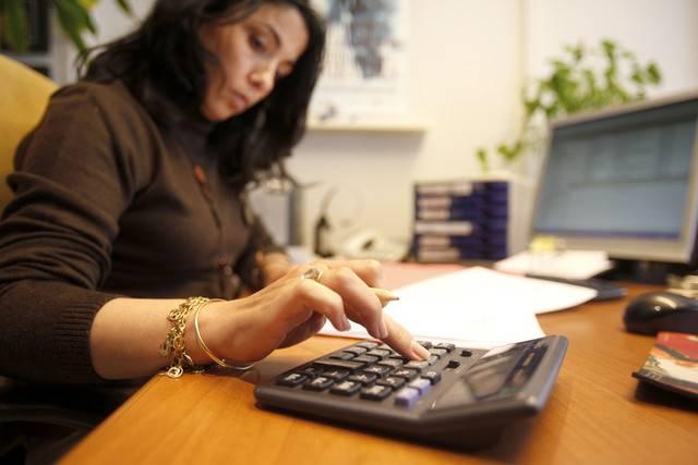 Recuperación del empleo, más lenta para las mujeres, dicen en foro