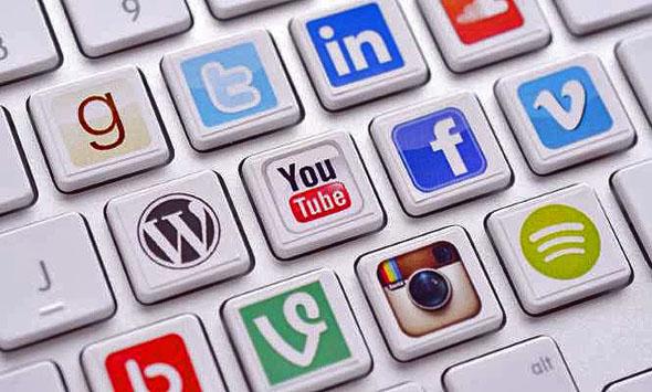 Redes sociales prioridad en desempleados para búsqueda de empleo