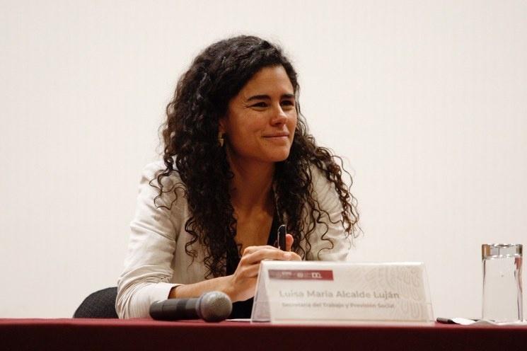 Reforma laboral, frenada por Luisa María Alcalde, denuncian telefonistas