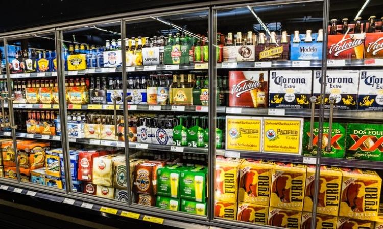 """Regalará cervecera """"chelas"""" a quien ayude a restauranteros en contingencia"""