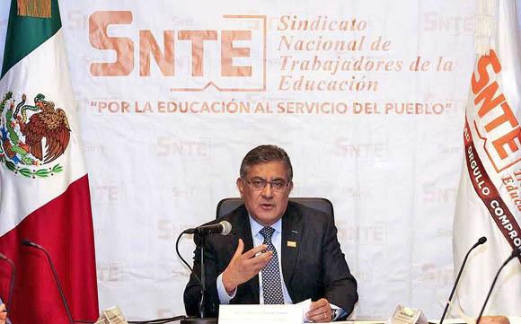 Renovación de dirigencias del SNTE, en pausa por pandemia y política
