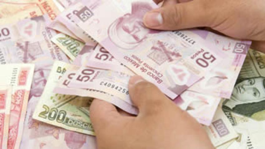 SHCP otorga alza salarial de 5.7% a sindicalizados del Estado
