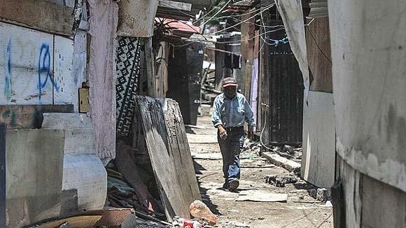 Si economía cae 7%, México tendrá 12 millones de nuevos pobres: BBVA