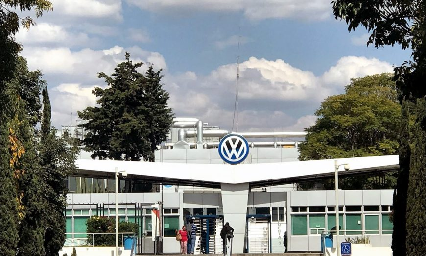 Sindicatos de VW y Audi mandan a volar a sus empresas