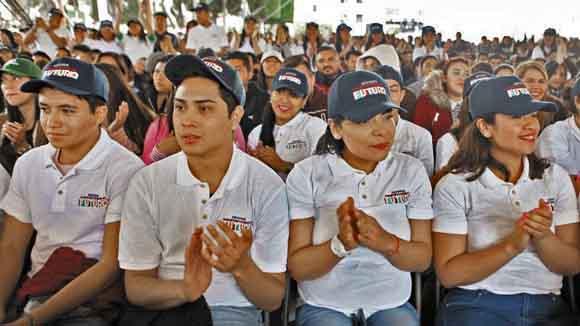 STPS busca incorporar a 500,000 jóvenes en programa laboral