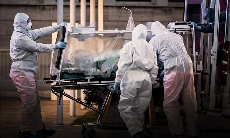 Suman 1,221 muertes por Covid-19 y 12,872 contagiados
