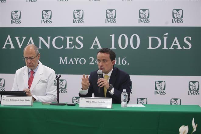 """""""Tienta"""" IMSS a médicos y enfermeras a punto del retiro laboral"""