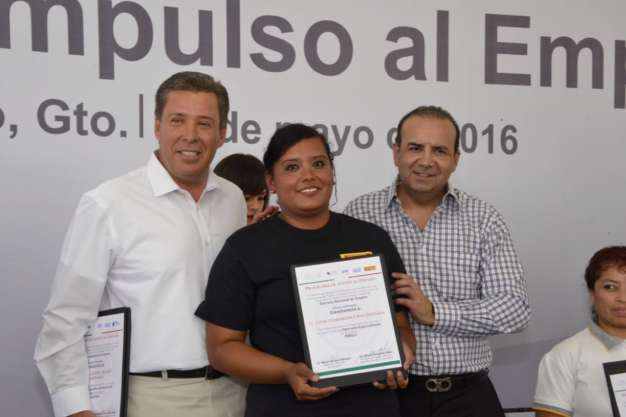 Trabajadores de Guanajuato reciben apoyo de la STPS