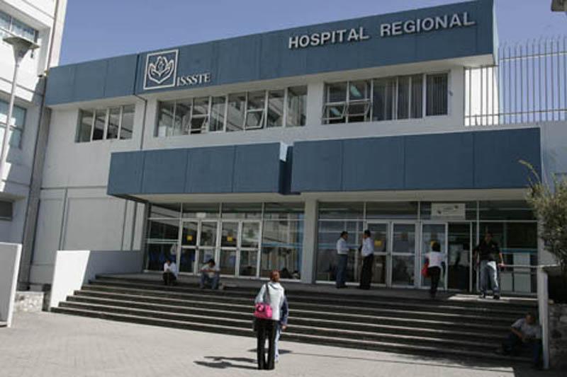 Trabajadores del ISSSTE reportan retraso en pago de salarios