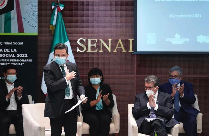 Traspasos de cuentas de Afores está generando afectación social: Zoé Robledo