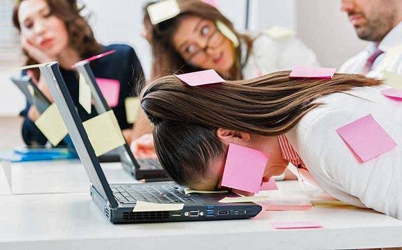 Tu empresa ya puede ser multada si no previene el estrés laboral con la NOM-035