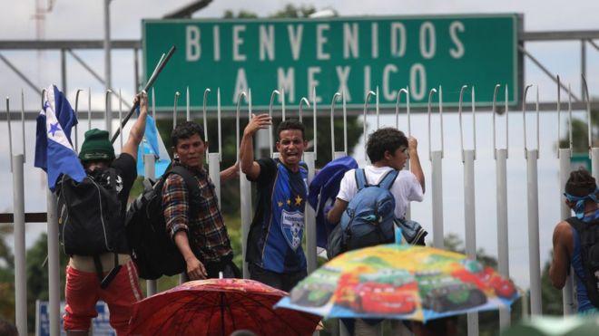 Un empleo para no ser deportado, el mayor deseo de Navidad de migrantes