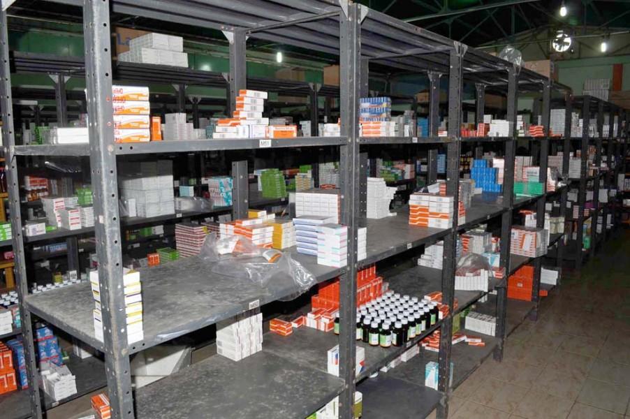 Urge a atender demanda de medicamentos