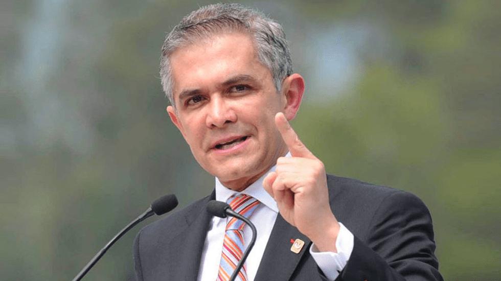 Urgen senadores del PRD fijar el salario mínimo en 176 pesos